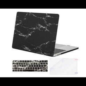 "MacBook Pro 13"" Black Marble case"